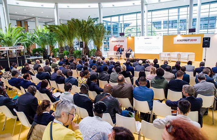Lors de la conférence « Italie-Afrique: un partenariat renouvelé pour le développement horticole et agro-industriel ».