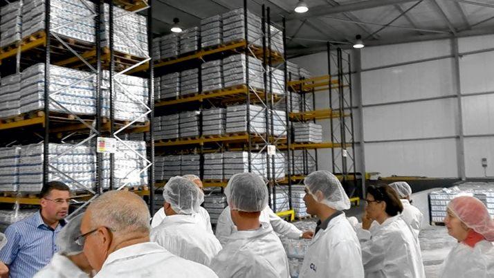 Stock de lait à la Centrale laitière. Photo : Apia