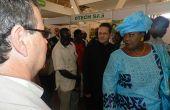 Visite de l'ex-ministre des Productions animales et halieutiques du Sénégal sur des stands d'adhérents de l'Adepta au Siagro de Dakar. Photo d'archive: Antoine Hervé