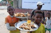 En Afrique, les marchés informels représentent un élément vital pour les consommateurs. Ici, à Madagascar. Photo: Antoine Hervé
